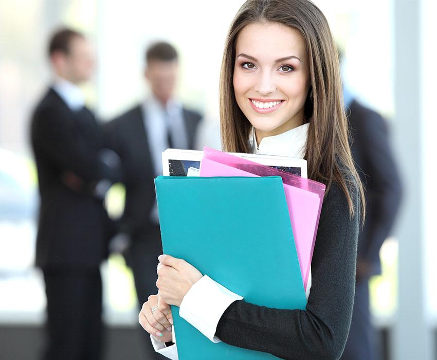Junge Businessfrau Karriere LeaseForce