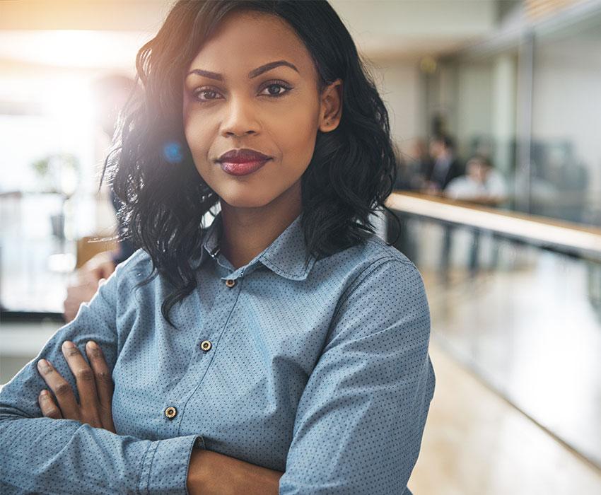 Junge Businessfrau Karriere bei LeaseForce